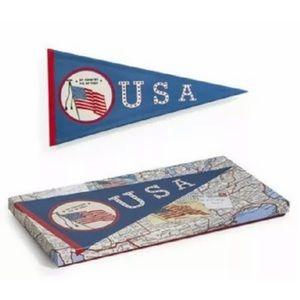 ROSANNA USA PENNANT TRAY CERAMIC  AMERICAN FLAG